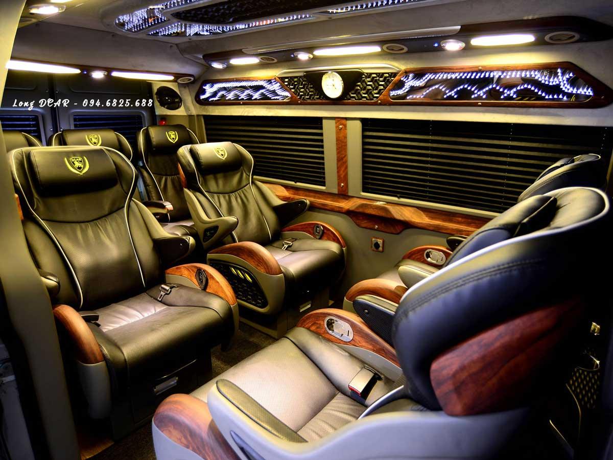 Dcar X Plus – Ford Transit Limousine