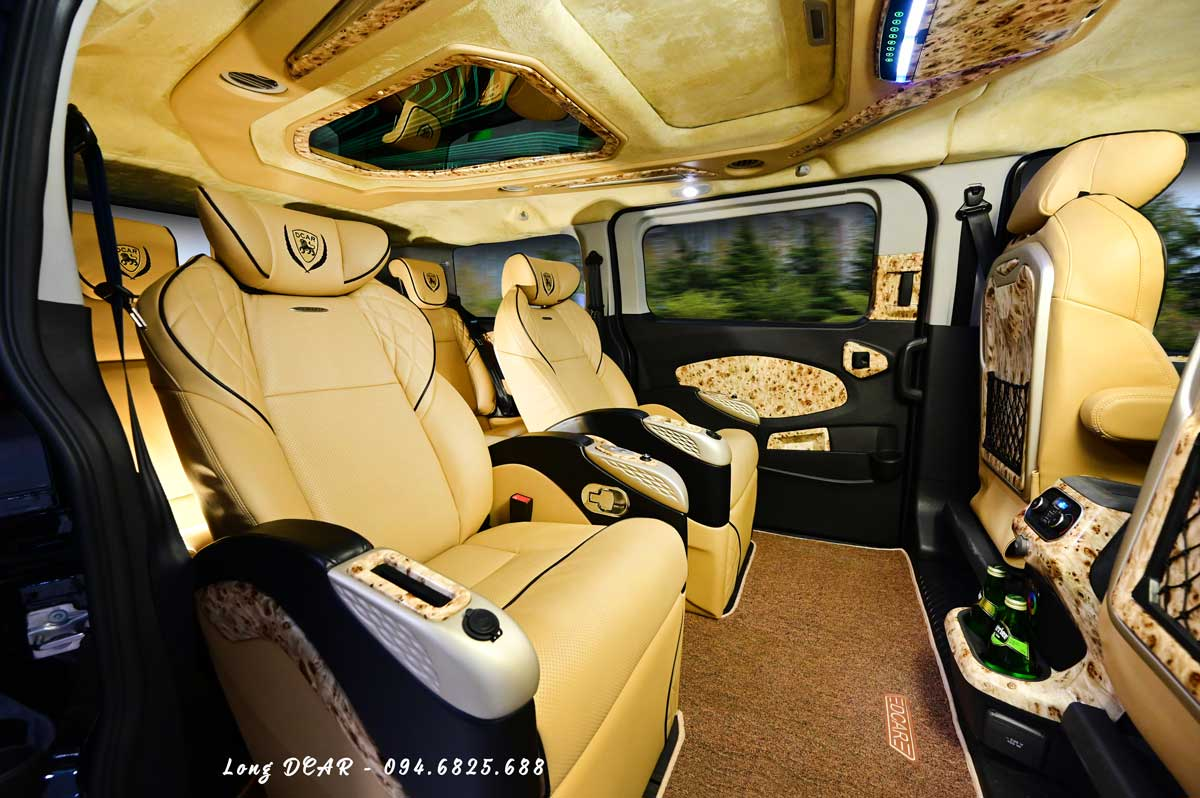 Ford Tourneo Limousine – Dcar thương gia