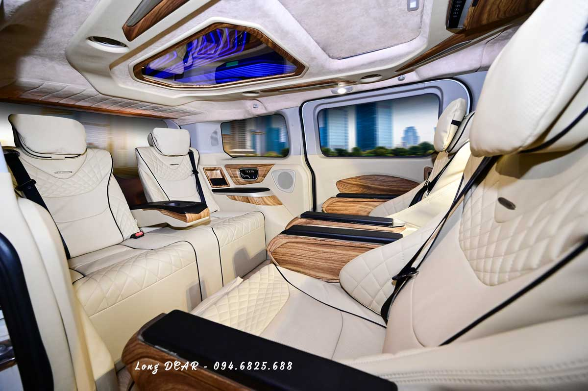 Ford Tourneo Limousine – Dcar Limited