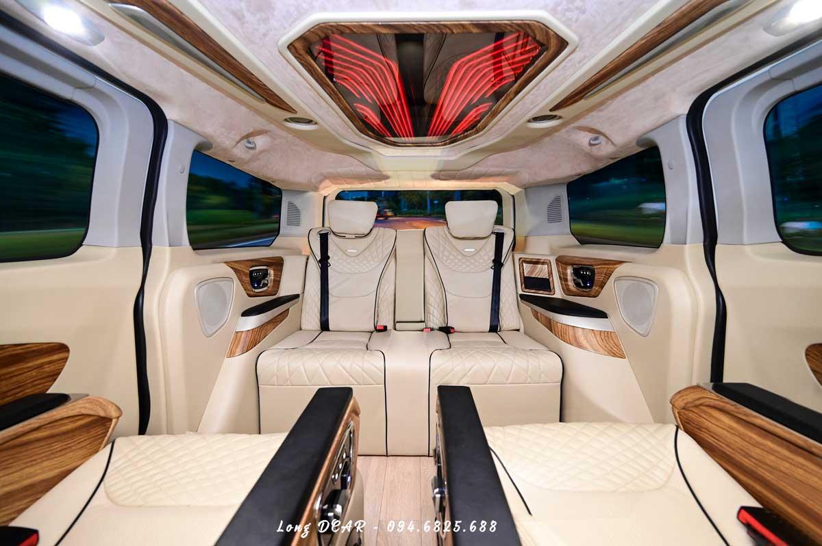 Ford Tourneo Limousine – Dcar Limited